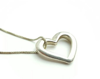 Vintage Sterling Silver Heart Necklace with 18 Inch Italian Box Chain