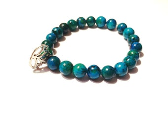 Lotus Charm Glass beaded bracelet