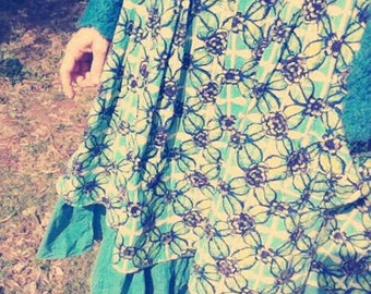 "dress ""dizzying"" reasons turquoise flowers"