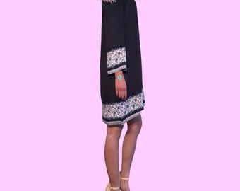 Free Gift with Purchase: Classic Embroidered Bohemian off-the-shoulder Summer Dress