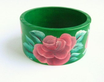 Hand-painted wood bracelet ROSES beautiful green and red Ecological