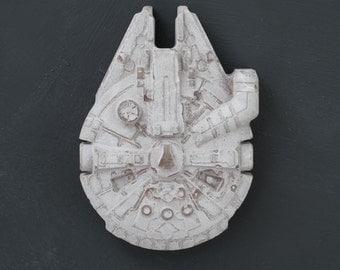 Figure Millennium Falcon