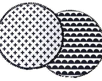 Padded Play Mat / Monochrome Baby Playmat / Round Play Mat / Black And White Nursery / Kids Rug / Handmade Baby Rug/ Baby Play Mat/Baby Rug
