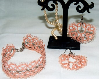 Coordinated: bracelet and earrings at antique rose Pink Pearl-tatting free shipping