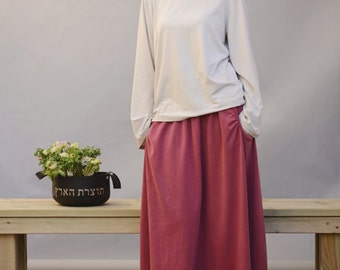 Skirt pockets