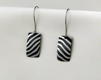Earrings stainless Damascus steel with titanium hook