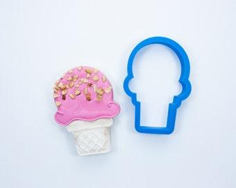 Ice Cream Cone Cookie Cutter (Cake Cone)