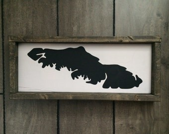 Reclaimed wood sign - Framed Vancouver Island map