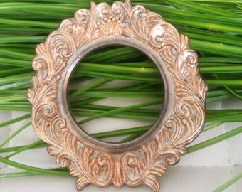 Home decor, Vintage,Frame, round shape, Frame, wall  frame, , silver- golden  color, Metal Frame