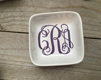 Monogrammed Jewelry Dish, Ring Dish, Personalized Ring Dish, Customized Jewelry Dish, Jewelry Holder, Bridesmaid Gifts, Monogram ring dish