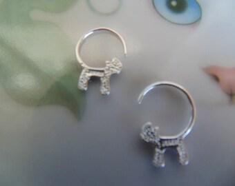 pretty cat earrings.