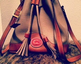 VTG Brown Dooney & Bourke Bucket Bag