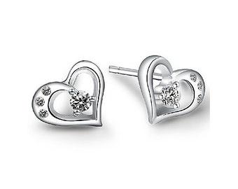Women's Diamonade Heart Stud Earrings