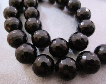 Black Onyx Faceted 14mm Round Beads 13pcs