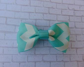Chevron mini bow