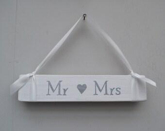 Mr & Mrs Wedding Sign Wooden