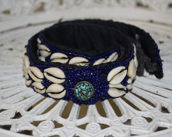 Vintage Beaded and Shell Detail Tie-up Belt and Turquoise Centre