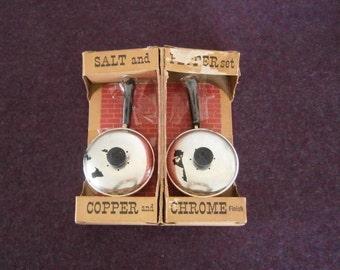 SALE 5 Dollars Salt Pepper Chrome Frying Pans Bakelite Vintage Brillium Pat Pending Rare NOS