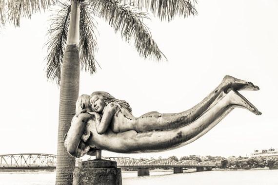 LOVE. Vietnam picture, Statue Print, Love Picture, Black and White print, photographic Print, Limite Edition Print