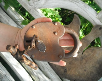 Big Antique Padlock, Wedding Lock, Love Lock and Key, Retro Lock, Collectible Lock, Collectible Lock, Rustic Barn Decor, Rustic Lock