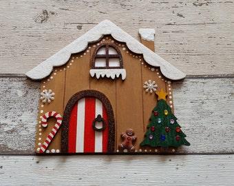 Elf Fairy Christmas door Gingerbread house