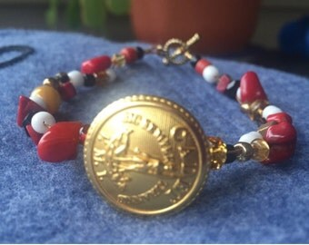 VMI Virginia Military Institute beaded button bracelet