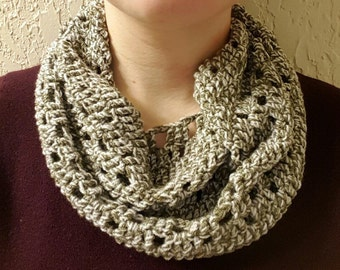 Forest Green & Beige Cowl