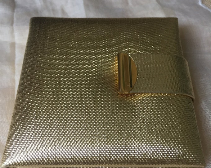 Vintage Metalic Gold Mirror Compact. Mirror compact. Gold compact.