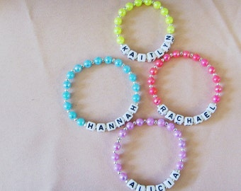 girls personalised name bracelet great for party favours