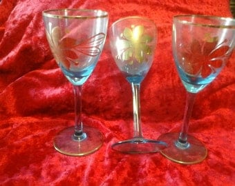 set of 3 blue wine glasses