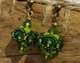 Earrings in khaki Green