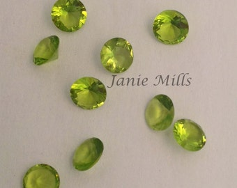 Peridot faceted gemstone, 5mm round, synthetic