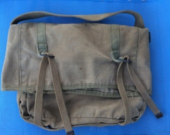 Vietnam Era Messanger Bag Olive Drab USGI Field Military Pouch