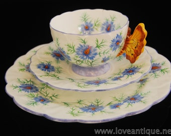 Rare Aynsley Yellow Butterfly Handle / Love In A Mist c1930 Trio