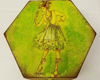 The Girl Jewellery Box