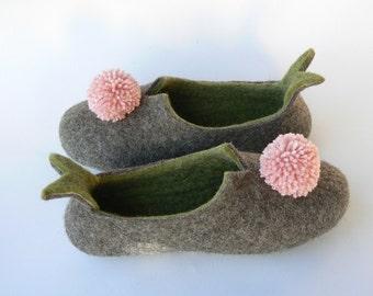 Felted slippers - Little Tassels in Green - Wool slippers - Handmade - Women's house shoes