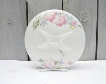 Floral enamelware lid, pot lid, kitchen pot lid, pastel pink flower lid, cottage chic enamelware, shabby chic enamelware, replacement lid