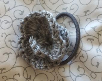 Crochetd Flower hair tie