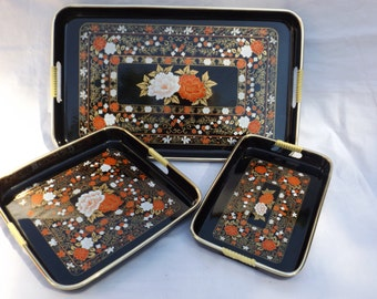 Black lacquer red white hold floral  nesting tray set of 3 with handles