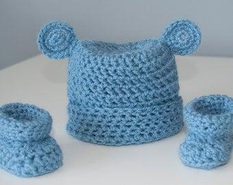 Crochet Blue Botties and Hat