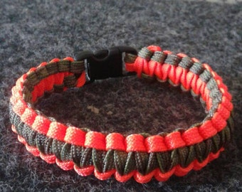 Camo Paracord Bracelet w/ Neon Orange