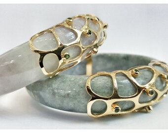 Jade Bangle with sapphires - Silver925 ,made in Thailand.