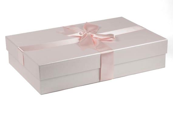 Traditional Standard Wedding Dress Box In Quartz Pale Pink