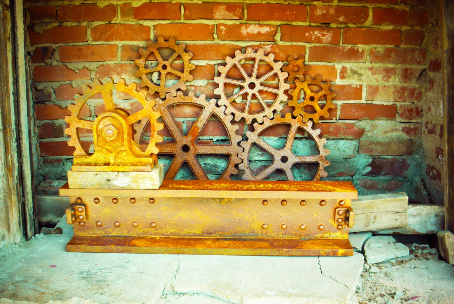large rusty iron faux metal gears wall decor set steampunk. Black Bedroom Furniture Sets. Home Design Ideas