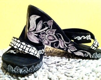 Black and White Hand Painted Mehndi Design Wedge Sandals