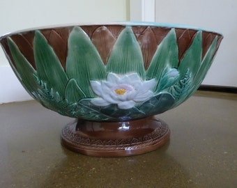 Majolica Water Lily pattern punch England circa 1880.