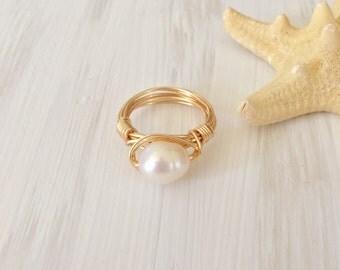 Genuine fresh water pearl ring, white fresh water pearl ring, pearl ring, genuine pearl ring, june bithstone ring, white pearl ring