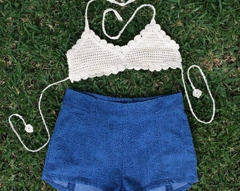 blue rose printed shorts - size 10