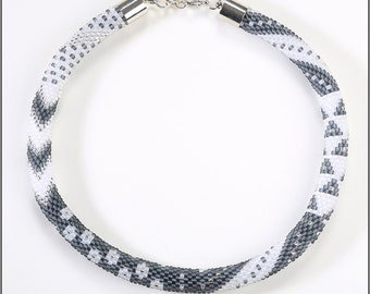 "Crochet chain ""Frozen Moments"""