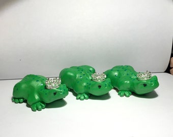 Charming Frog Prince sculpture